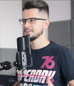 Adrian Pakulski lider SEO agencji Paq Studio